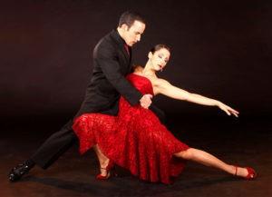 beactiful tango pose representing Access Ballroom Studio's Tango Lessons Toronto